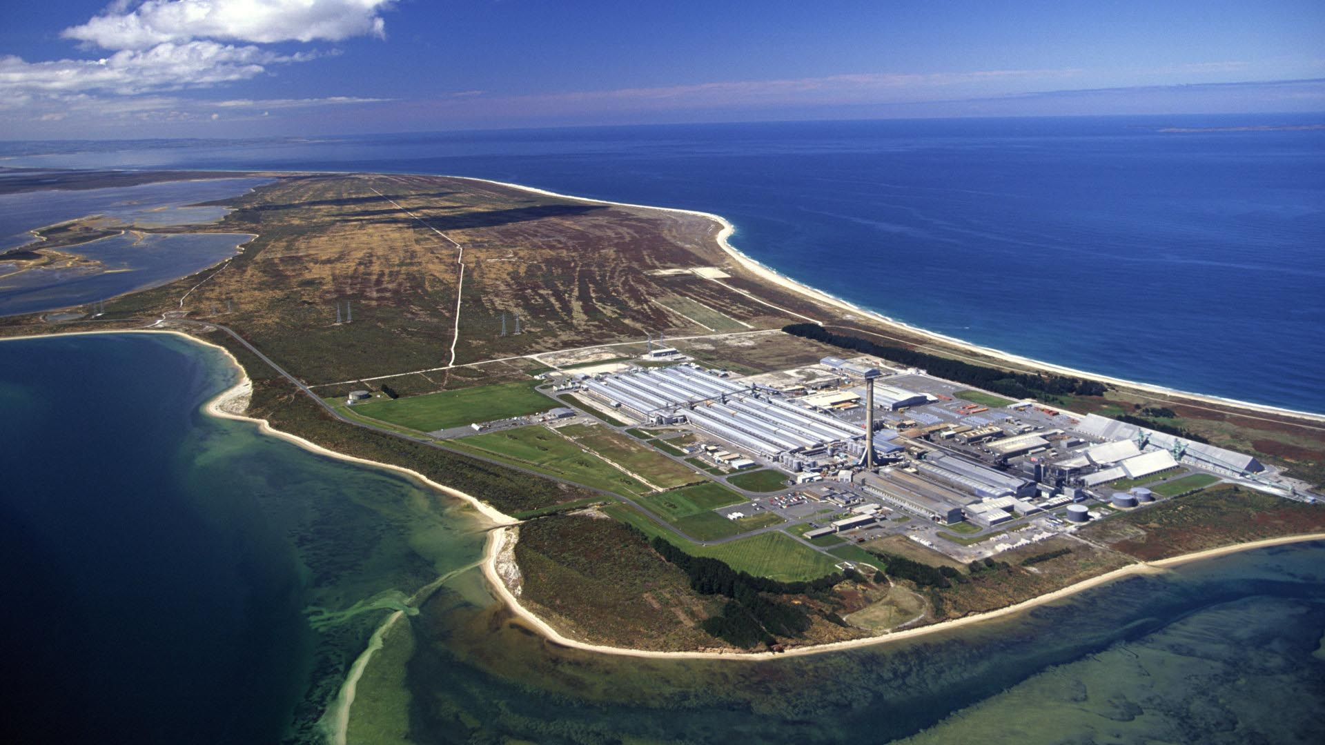 Home, New Zealand's Aluminium Smelter, Tiwai Point